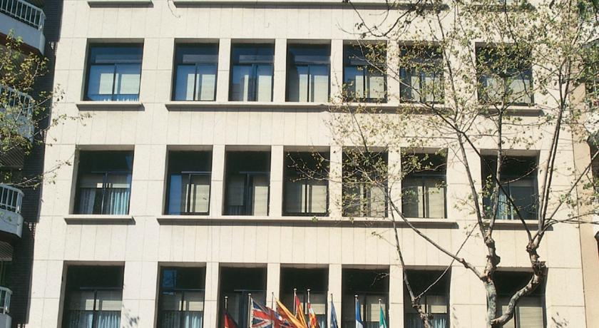 NH Barcelona Eixample (ex. NH Master), 3*, Барселона alma barcelona 5 барселона