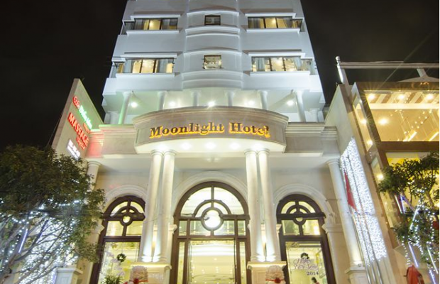 фото отеля Moonlight Da Nang Hotel изображение №1