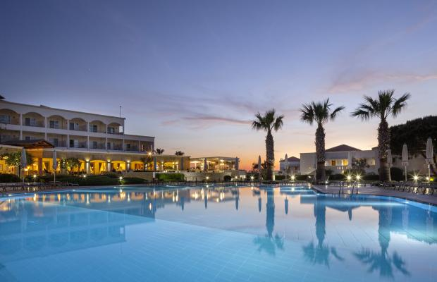 фотографии Neptune Hotel Resort, Convention Centre & Spa  изображение №4