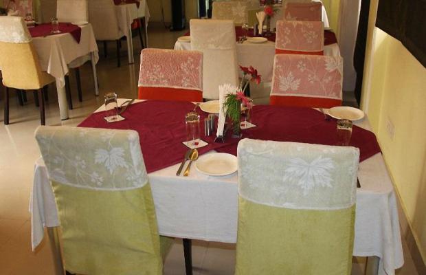 фотографии отеля Clarks Inn Nehru Place изображение №15