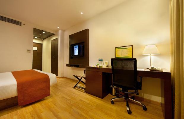 фото отеля Lemon Tree Hotel изображение №21