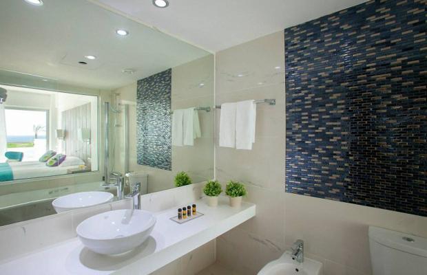 фотографии King Evelthon Beach Hotel & Resort изображение №80