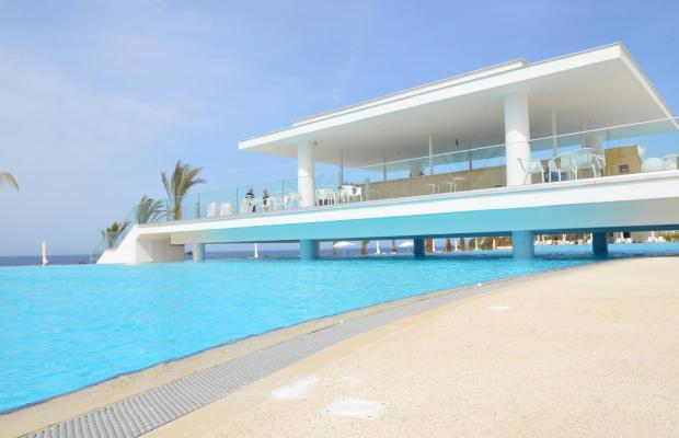фото отеля King Evelthon Beach Hotel & Resort изображение №77