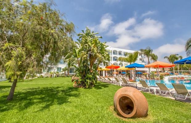 фото Anesis Hotel изображение №2
