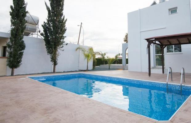 фото отеля Makronissos Beach Villas изображение №1