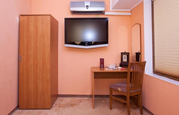 фотографии отеля Fotinov Guest House изображение №15