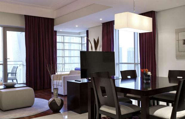 фото Pullman Dubai Jumeirah Lakes Towers Hotel and Residence изображение №22