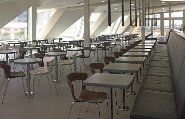 фотографии отеля Wakeup Copenhagen on Carsten Niebuhrs Gade изображение №3