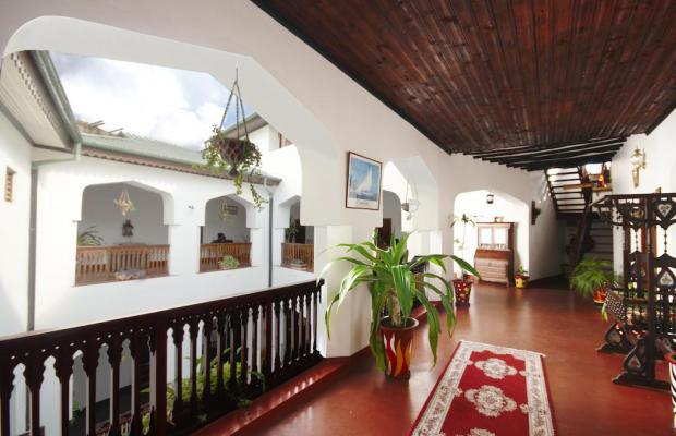фото Dhow Palace Hotel  изображение №22