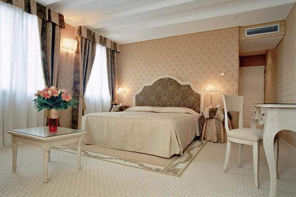фото отеля Acca Hotel изображение №17