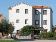 Apartment Beakovic no2, 3*
