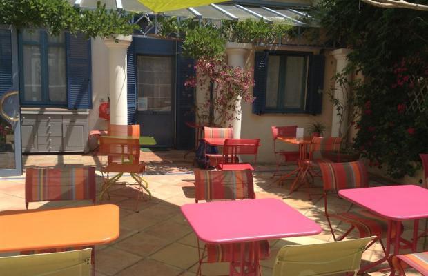 фото отеля De La Fontaine изображение №9