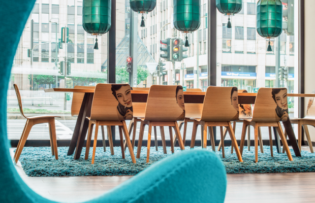 фотографии Motel One Berlin Bellevue изображение №8