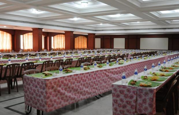 фото отеля Breeze Residency изображение №29