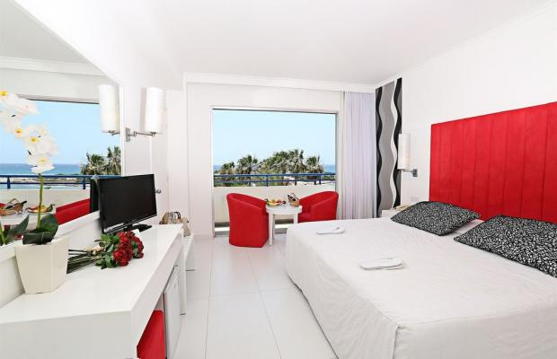 фото отеля The Dome Beach изображение №13