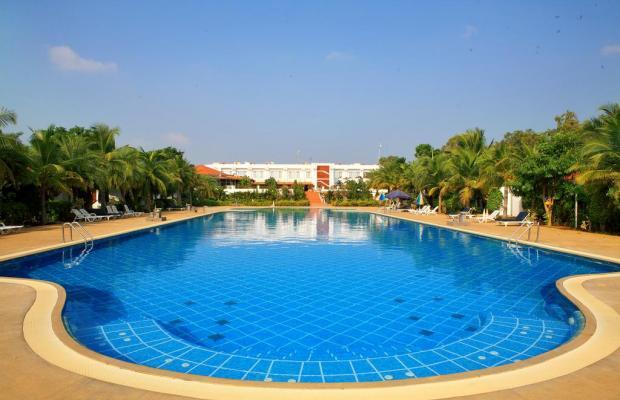 фото отеля Chariot Beach Resort изображение №1