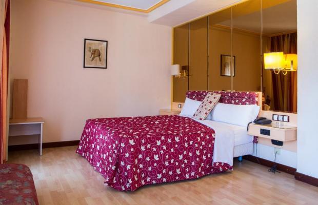 фотографии отеля Hotel Tibur изображение №15