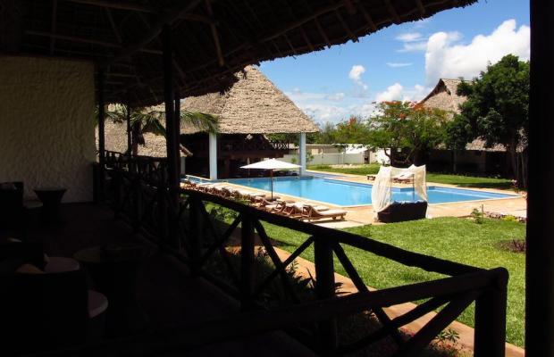 фото Karafuu Beach Resort изображение №10