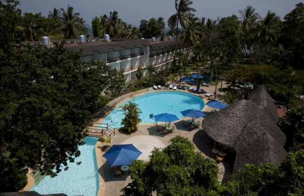 фото отеля Travellers Beach Hotel & Club изображение №1
