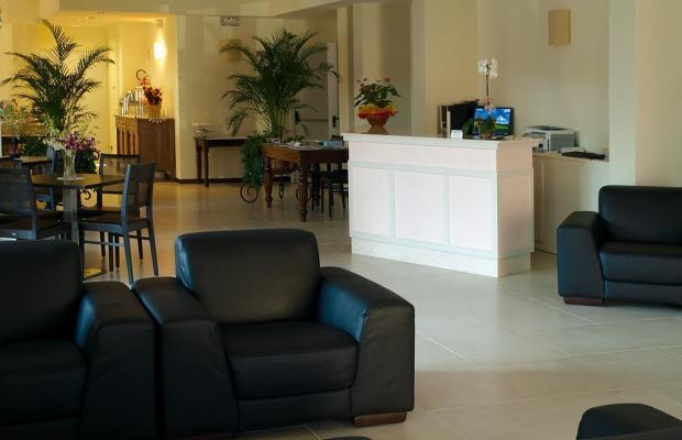 фото International Hotel изображение №38