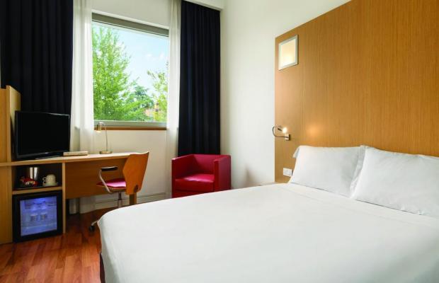 фото отеля Ramada Encore Bologna изображение №9