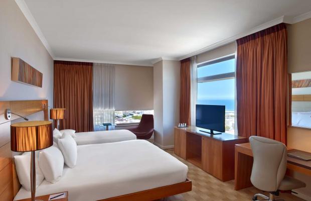 фото отеля Hilton Diagonal Mar Barcelona изображение №97