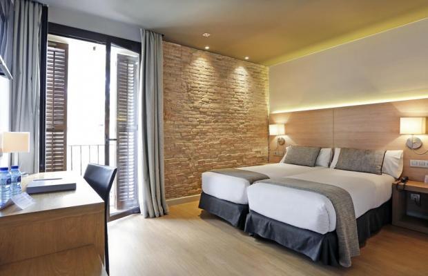 фото отеля Arc La Rambla изображение №21