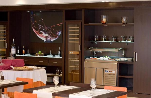 фотографии отеля Villa Olimpic@ Suites изображение №35