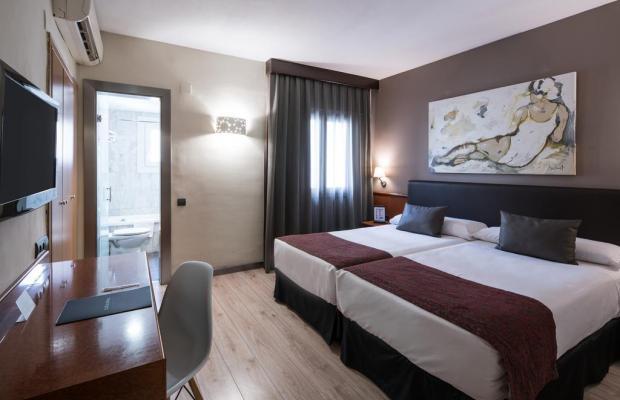 фотографии отеля Catalonia Castellnou изображение №19