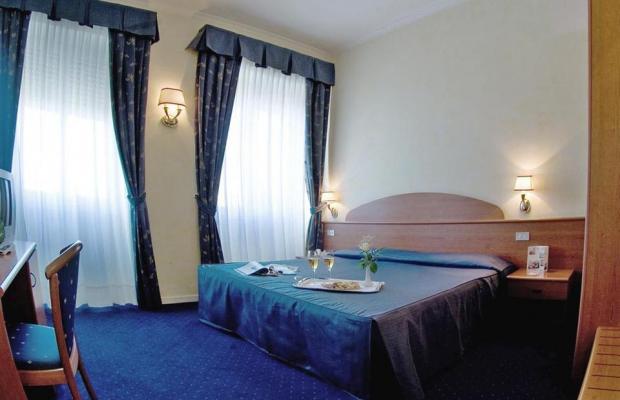 фотографии Hotel Laura изображение №12