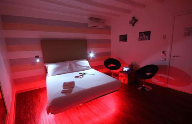 фото отеля IROOMS SPANISH STEPS изображение №9