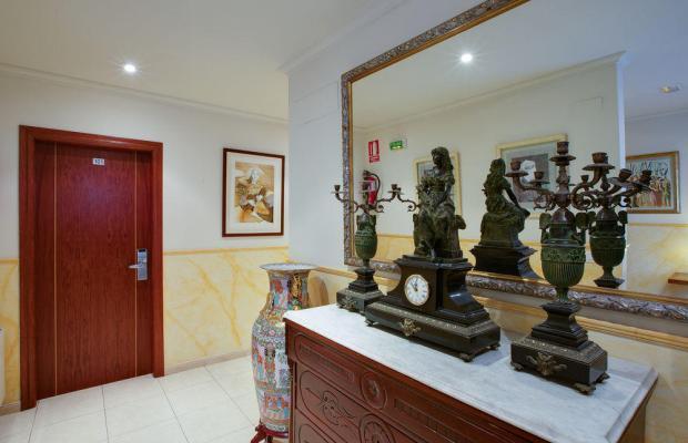 фотографии отеля Forum Hostal Villa del Rio изображение №11