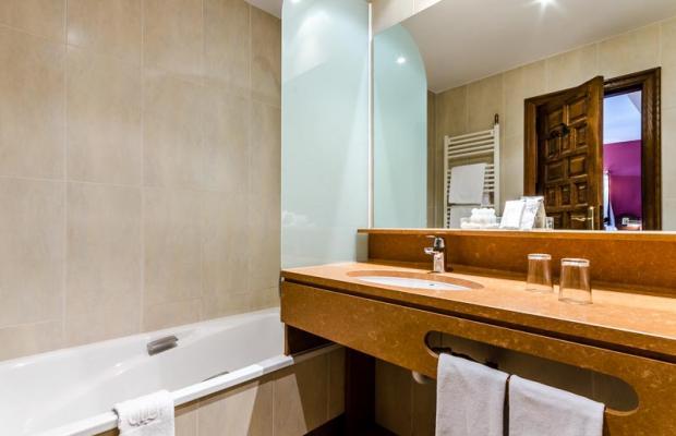фотографии отеля Meson del Cid изображение №43
