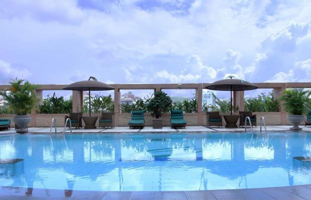 фото отеля Ciputra Semarang изображение №1