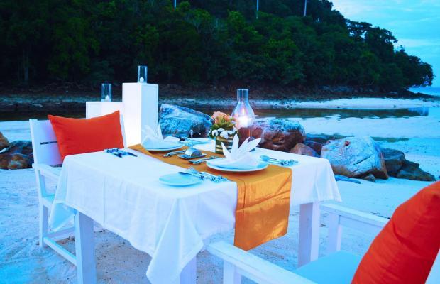 фото Phi Phi Island Village Beach Resort (ex. Outrigger Phi Phi Island Resort & Spa) изображение №26