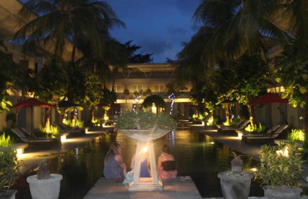 фотографии отеля The Oasis Kuta изображение №23
