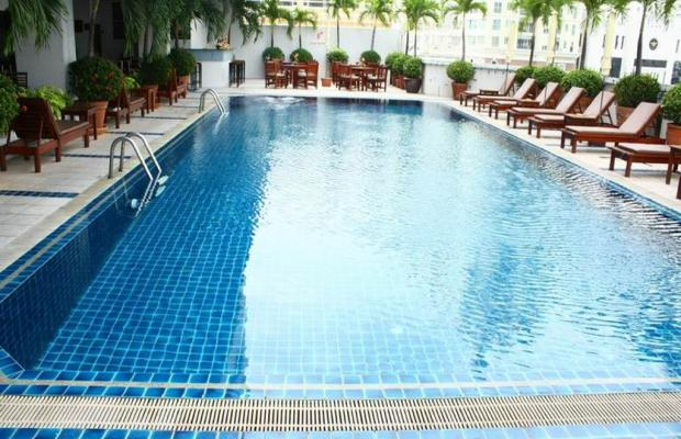 фото First Hotel Bangkok изображение №2