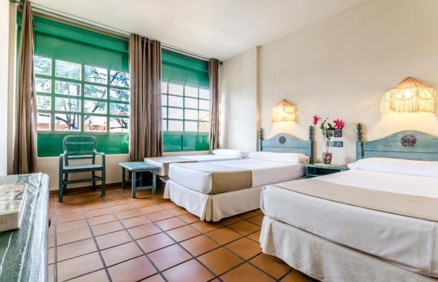 фото Hotel Almagro изображение №22