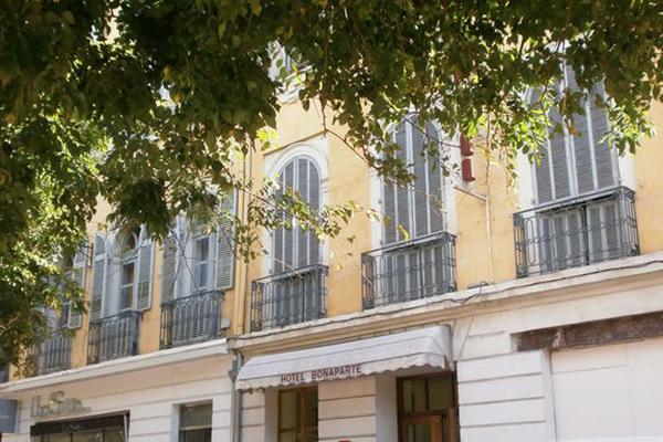 фотографии отеля Bonaparte изображение №3