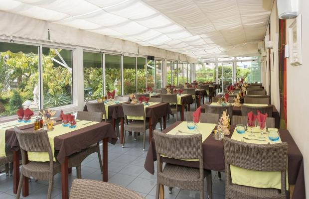 фотографии отеля Hotel Vacances Bleues Le Floreal изображение №11