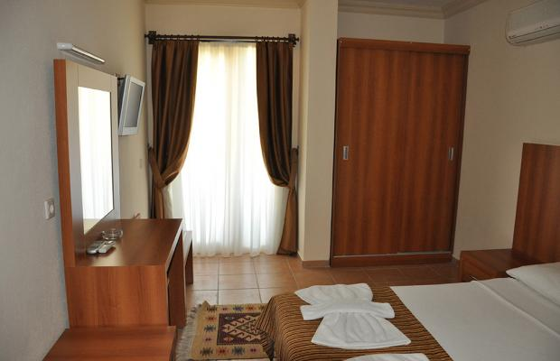 фотографии отеля MOM's Hotel изображение №15