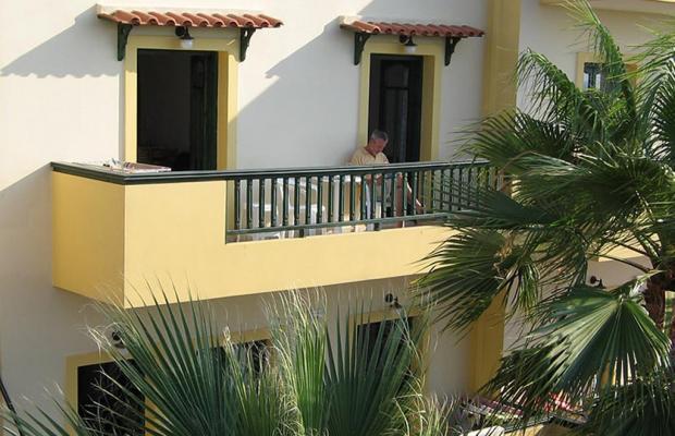 фото Aspri Petra Apartments изображение №66