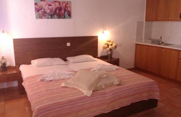 фото отеля Fotula Apartment изображение №25
