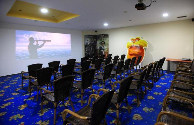 фотографии St. Constantin Hotel изображение №8