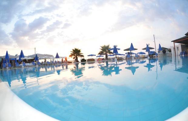 фотографии отеля Acharavi Beach Hotel изображение №11