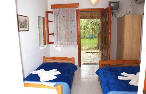 фото отеля Mantzanas Apartments & Suites изображение №5