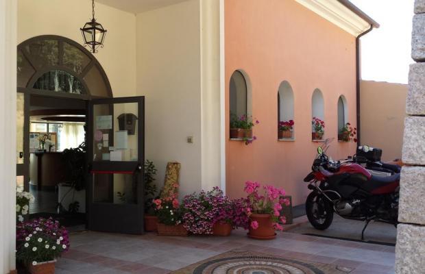 фото отеля Pausania Inn изображение №9