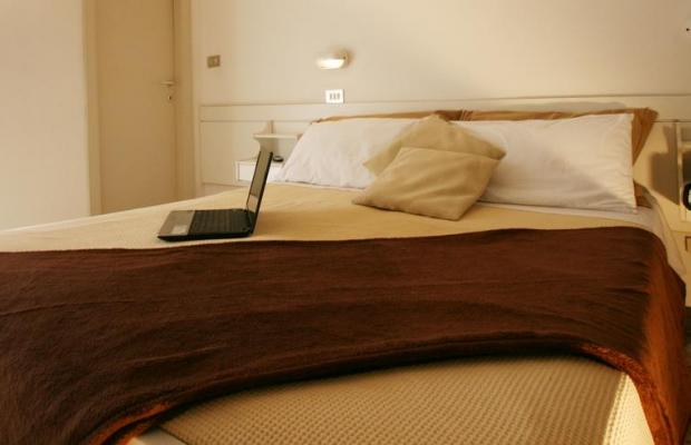 фото отеля London Cattolica изображение №25