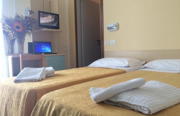 фотографии отеля Corona изображение №7