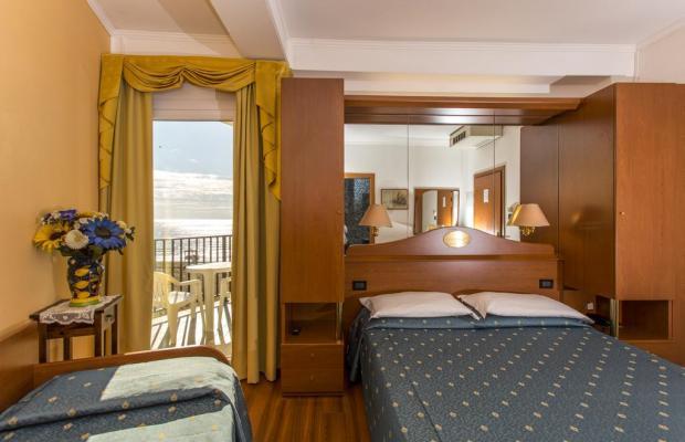 фото отеля Hotel Mondial изображение №9
